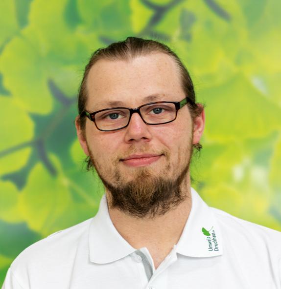 Sascha-Taggeselle-UmweltDruckhaus-Hannover-Druckerei-Team