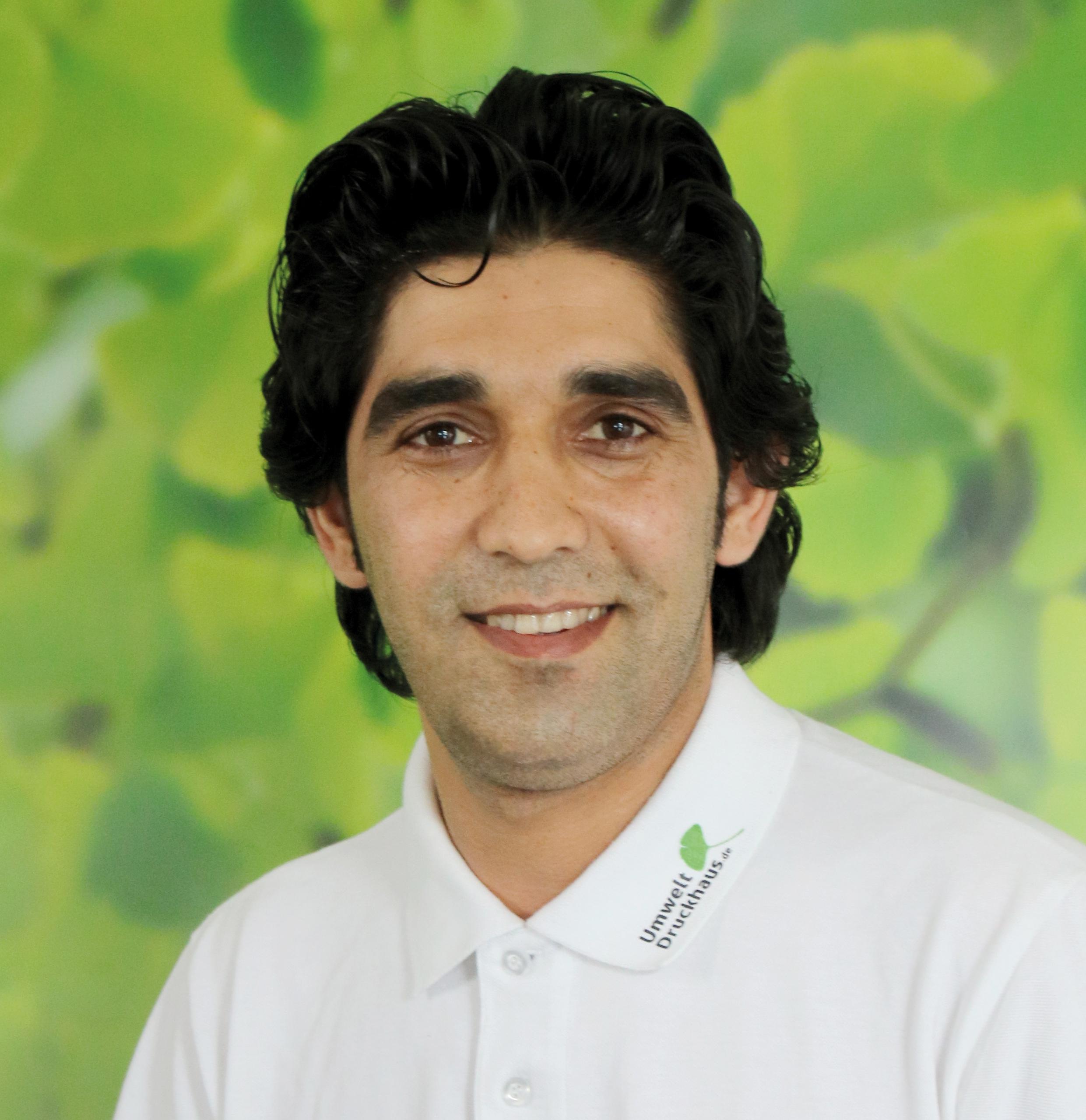 Khalid_Nooryan-UmweltDruckhaus-Hannover-Druckerei-Team