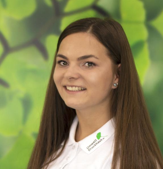 Celine_Schridde-UmweltDruckhaus-Hannover-Druckerei-Team